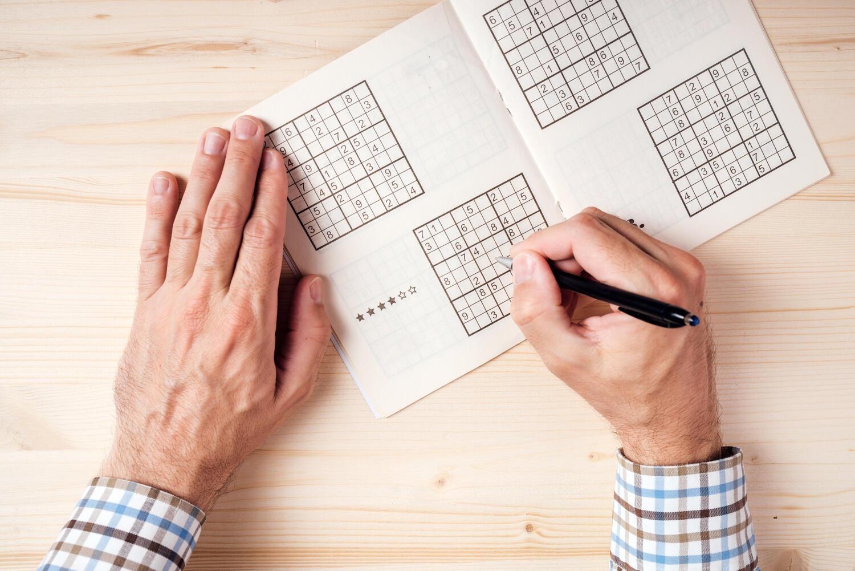 reduce dementia risk-brain activities