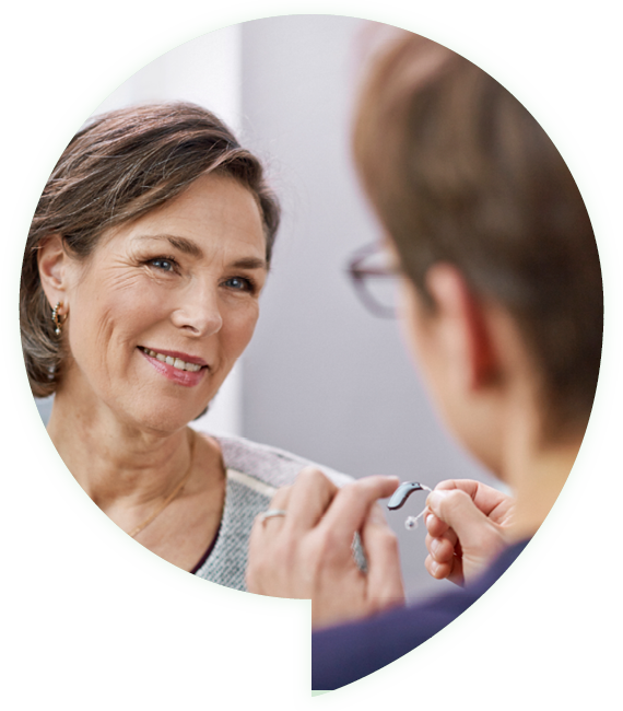 client-hearing-professional-showing-hearing-aids-speechbubble-image