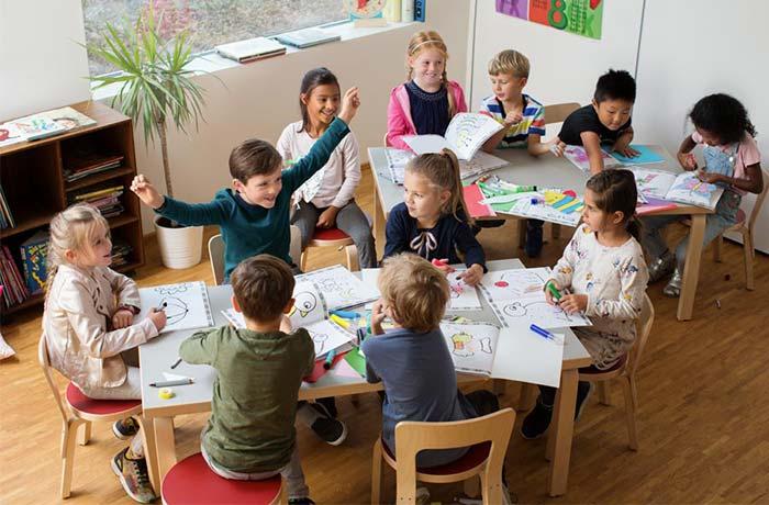 text-image-spot-classroom-700x460