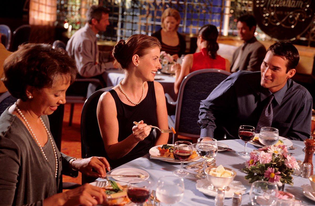 busy-restaurant-1200x788