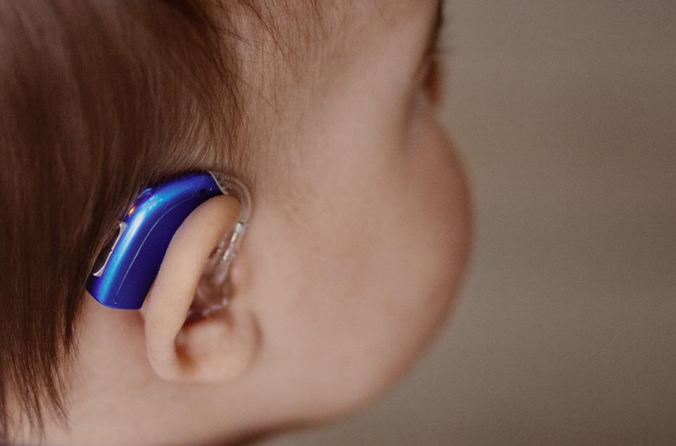 Hearing aids for kids & children | Oticon Sensei