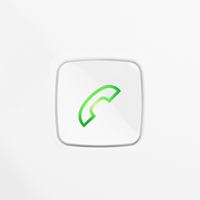 streamer-answer-phone-call-while-watching-tv-288x288